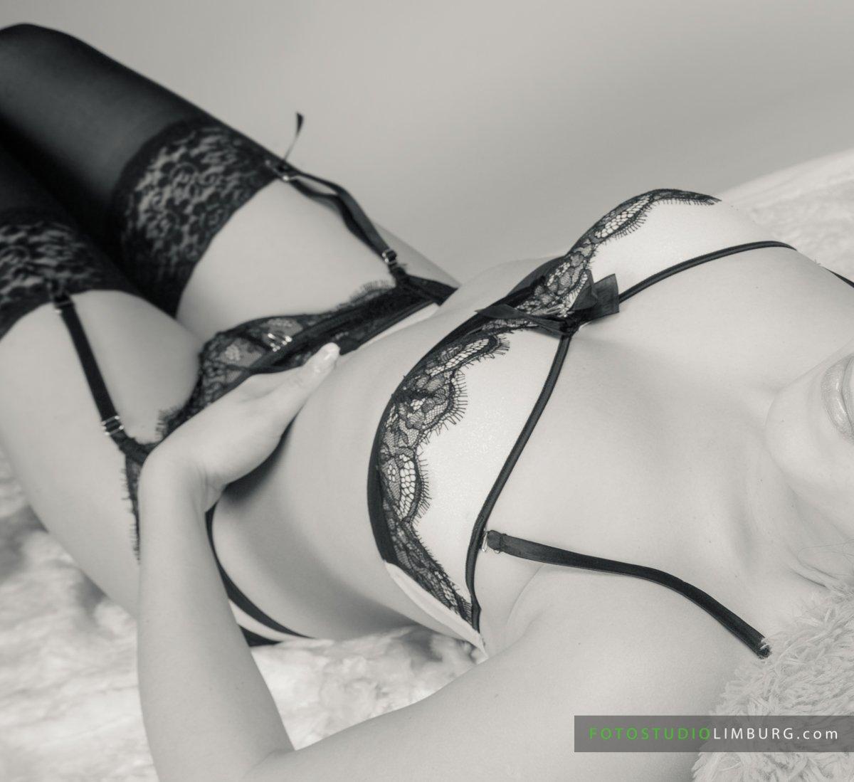 Lingerie-fotoshoot-fotostudio-limburg-03